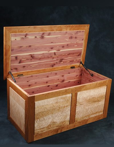 Tom Laudin wooden chest