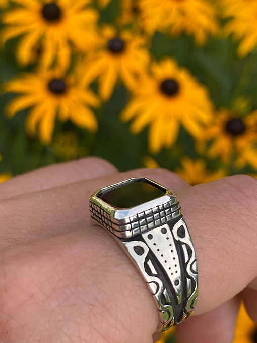Ivy Klarer, jeweler, Onyx ring